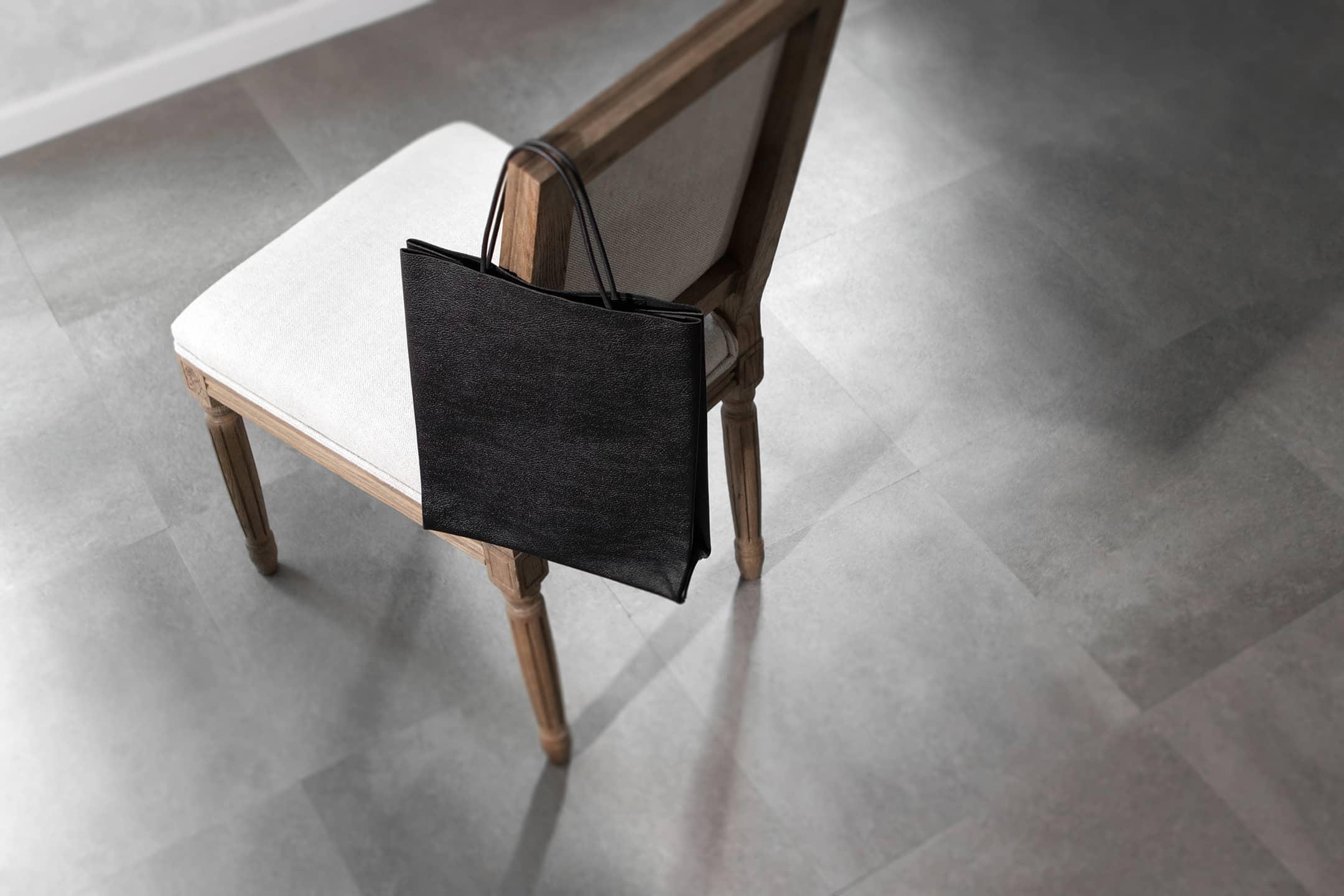 革袋(A4) by Ad maiora! Designare(アドマイオーラデジナーレ)