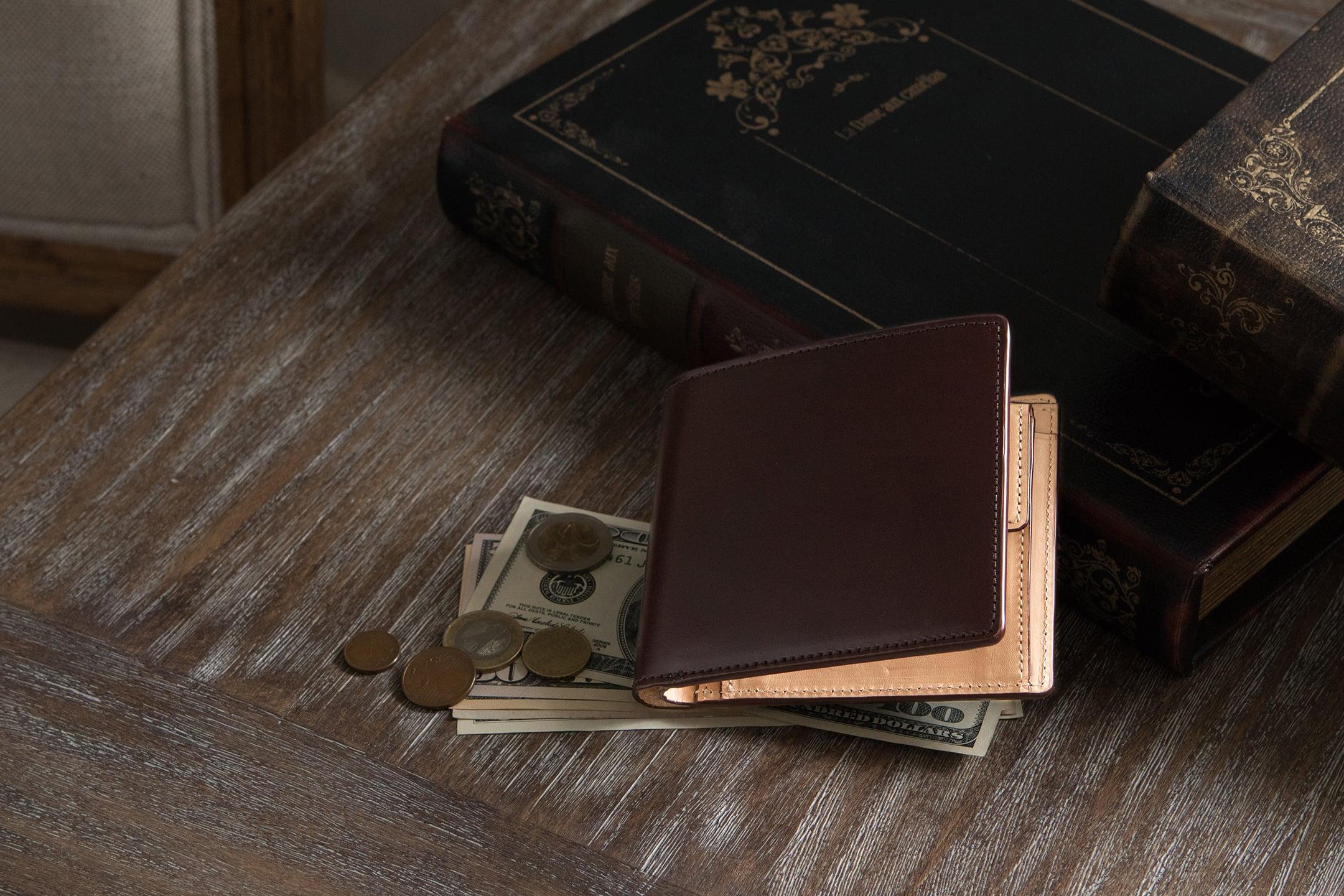 アニリン染めコードバン 二つ折り財布 by CIMABUE(チマブエ)