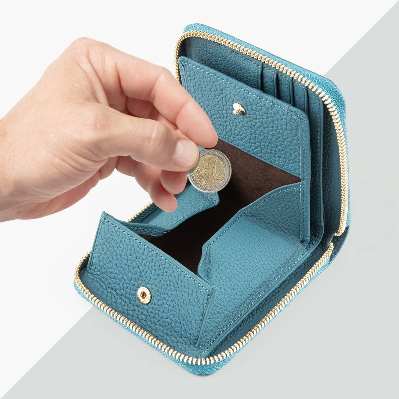 シュランケンカーフ ラウンドジップ二つ折り財布 by CIMABUE(チマブエ)