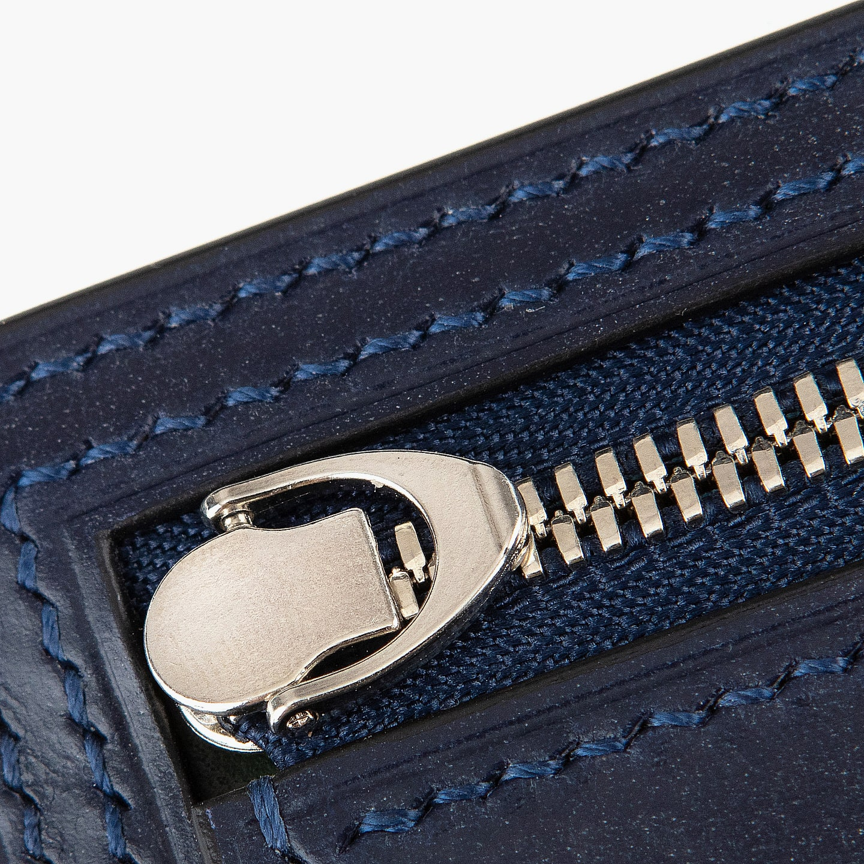 YKKエクセラを採用したコンパクト財布