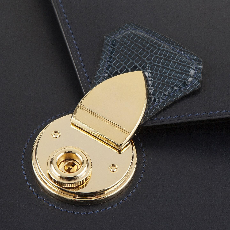 ゴールドメッキが施された、M&K YOKOYA JAPANの美しい錠前