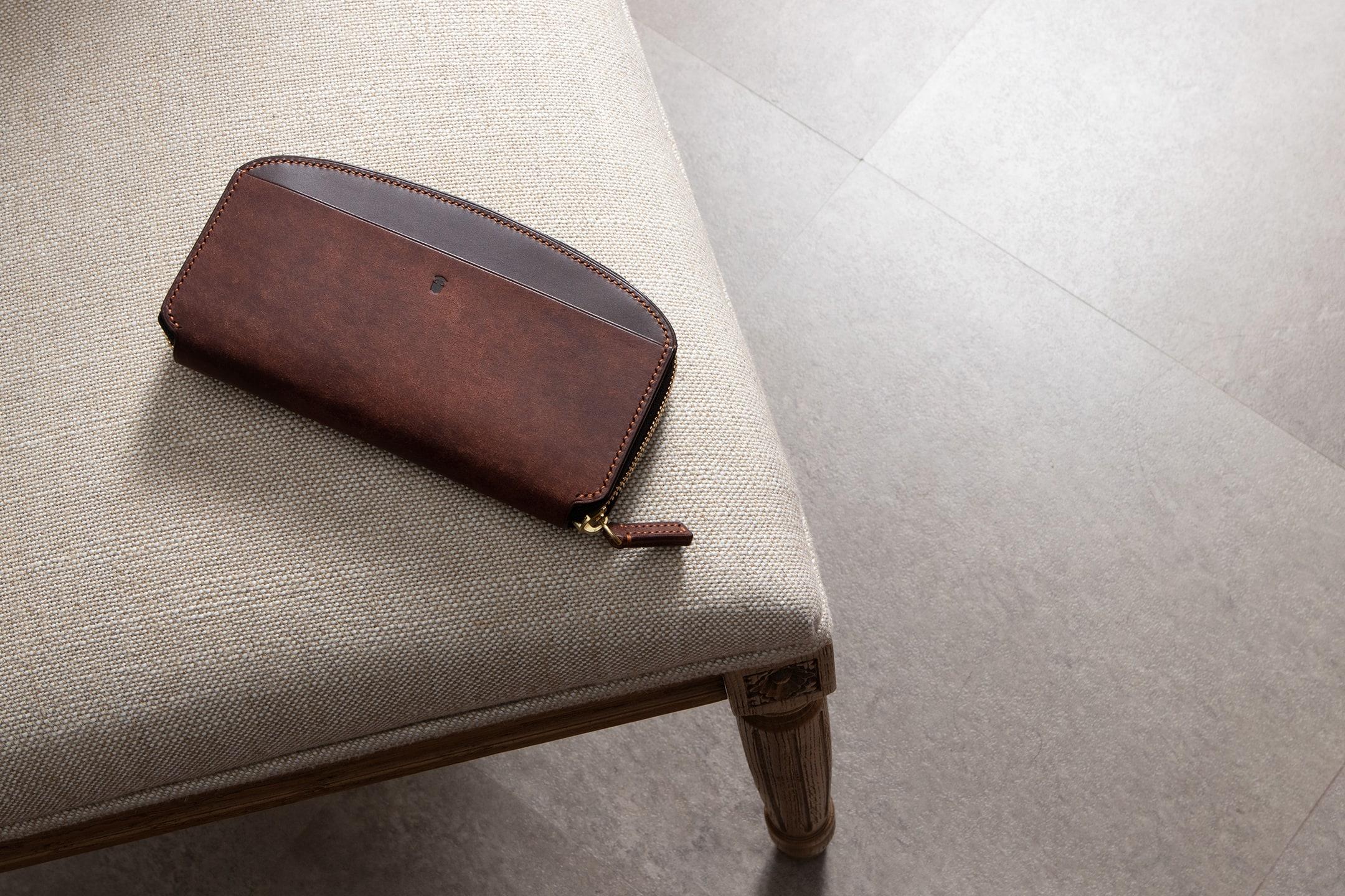 プエブロ ラウンドジップ長財布 by Cobalt Leather Works(コバルトレザーワークス)