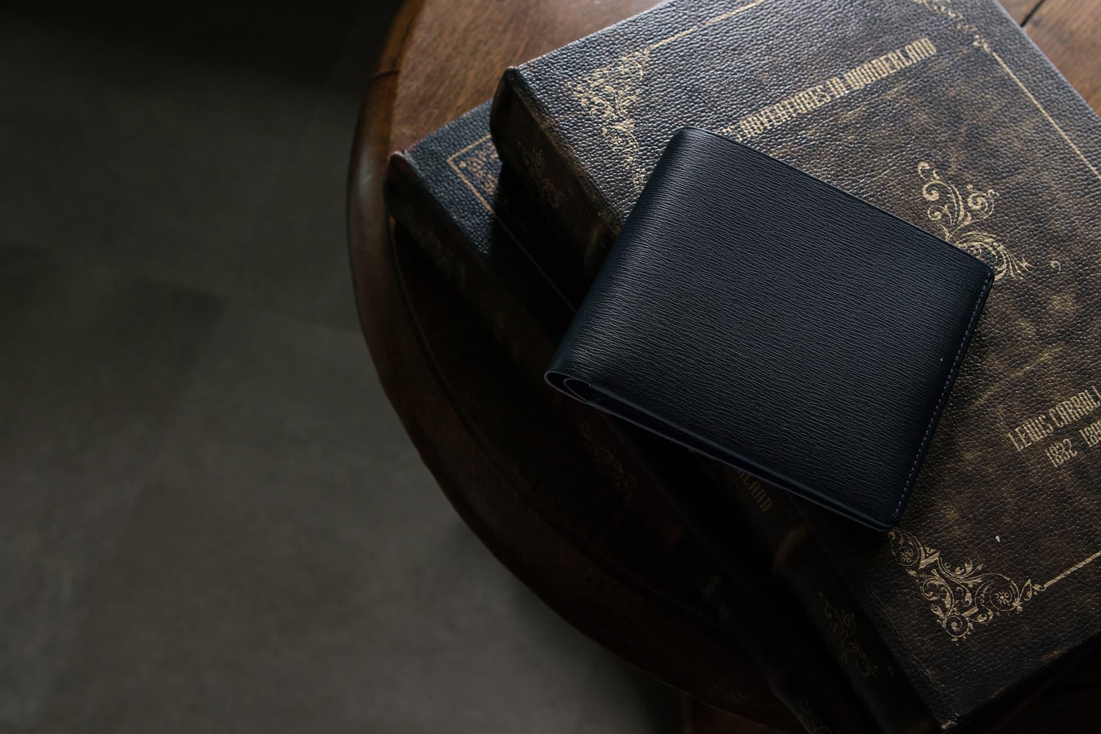 キップ水シボ 二つ折り財布 by FESON(フェソン)