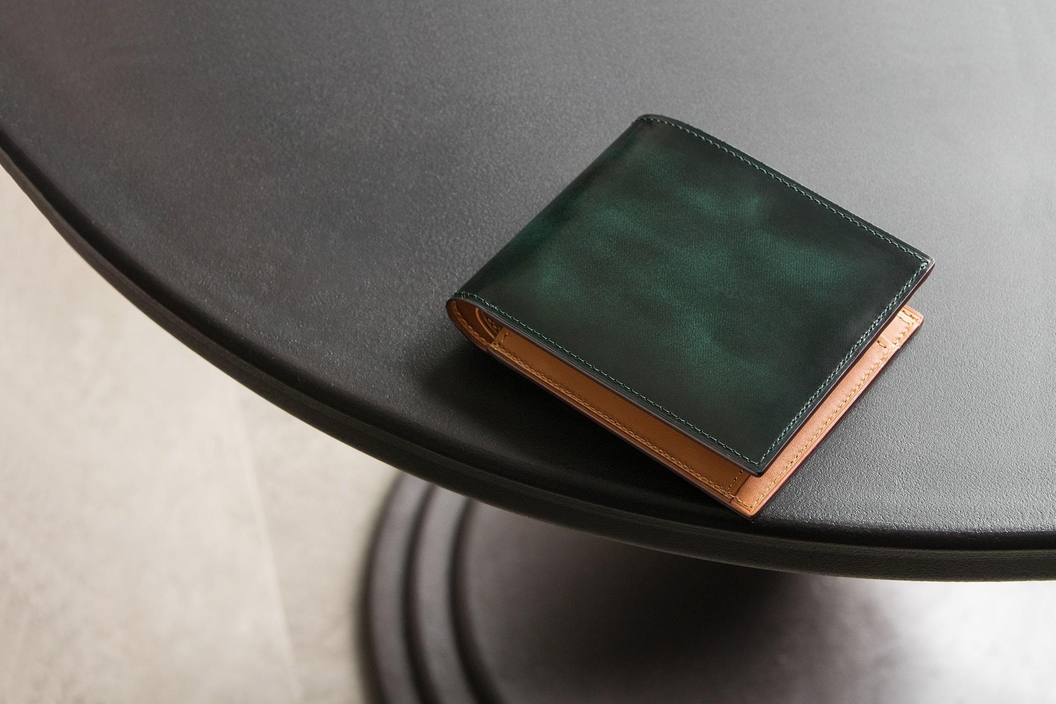 アドバン 二つ折り財布(小銭入れ付) by FESON(フェソン)