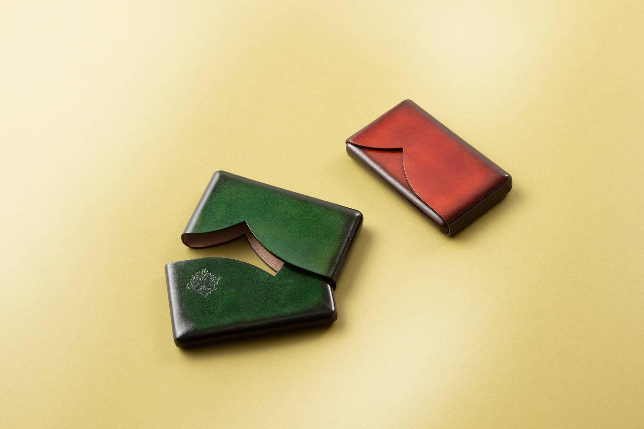 アンティーク染めレザー  カードケース by il Quadrifoglio(イル クオドリフォーリオ)