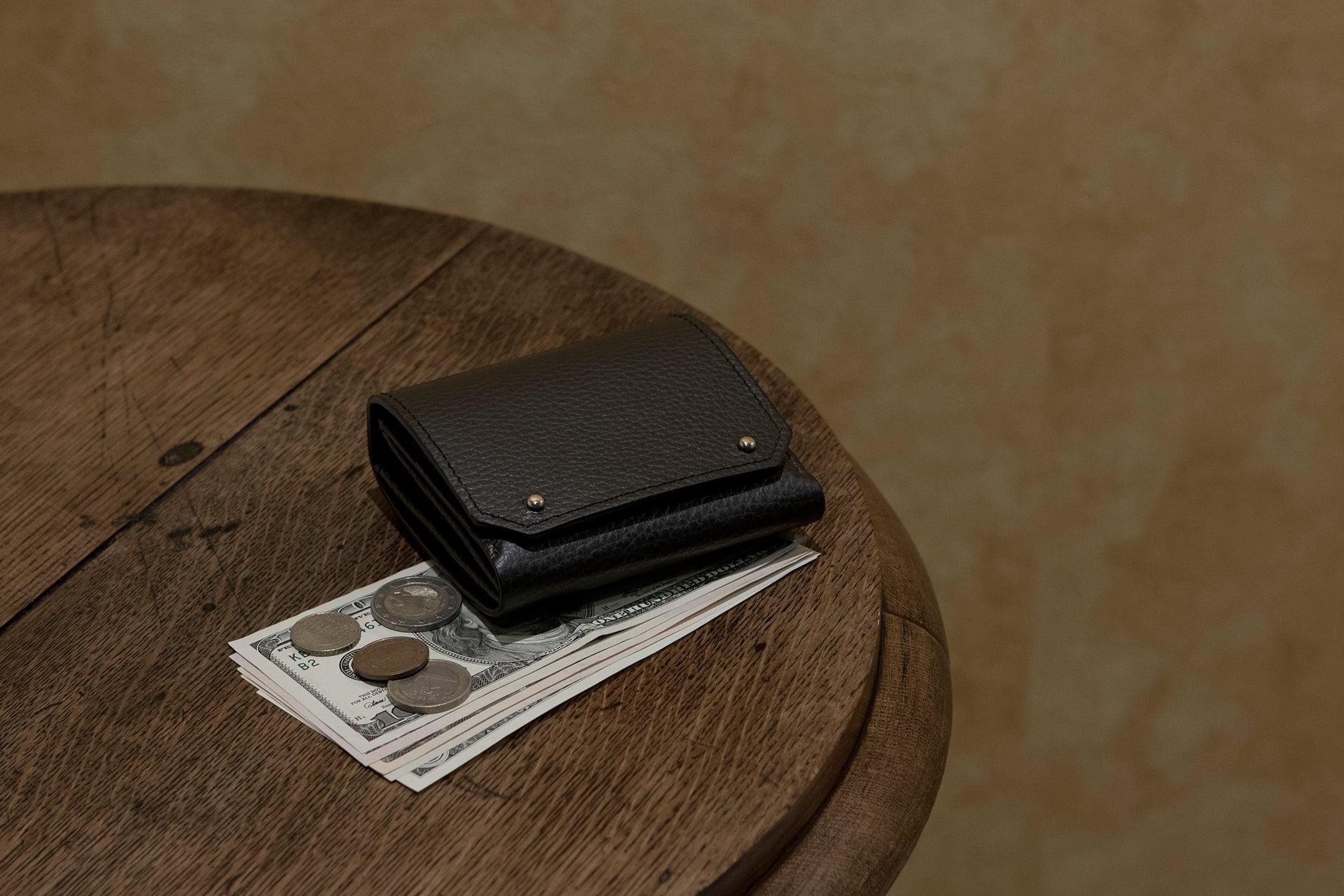 アドリアレザー 二つ折り財布 by MASAMI TANAKA(マサミ タナカ)