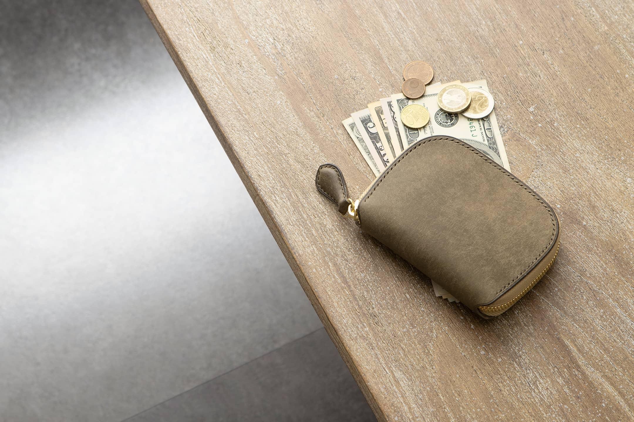 プエブロ & ブッテーロ ショートラウンドジップ財布 by ONE WORKER(ワンズワーカー)