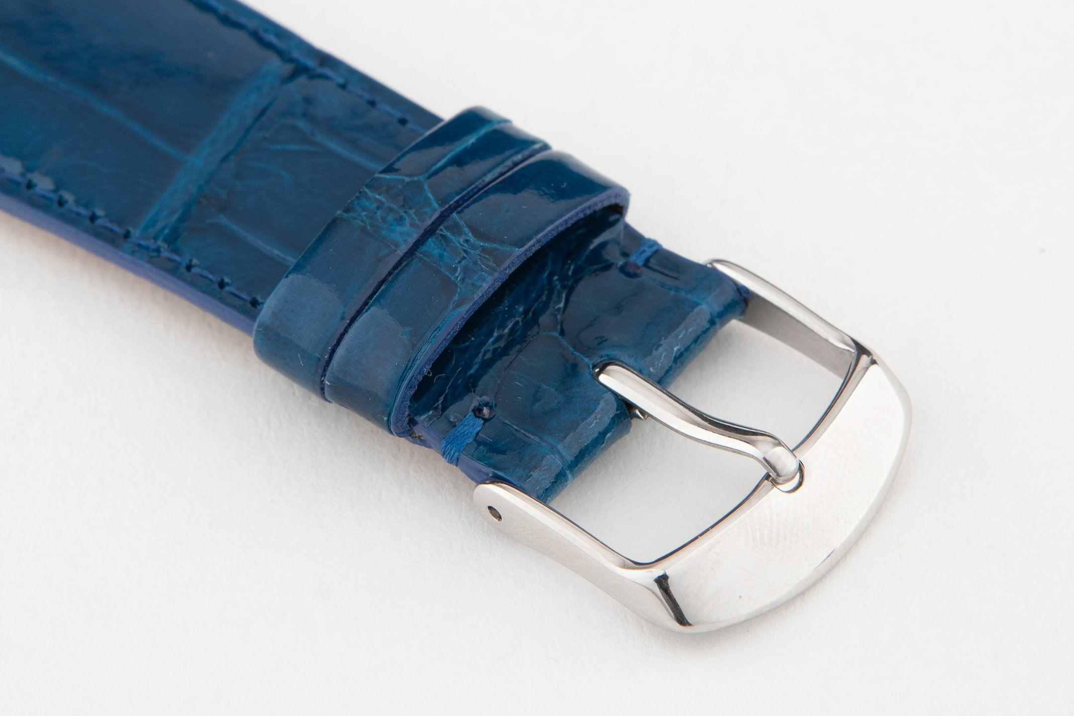裏面:ラバーカーフ / エンドピース&尾錠:Silver