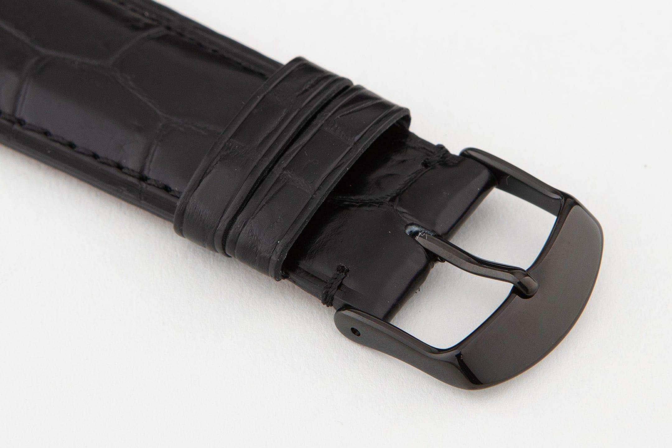 表面:(マット)Black / エンドピース&尾錠:Black