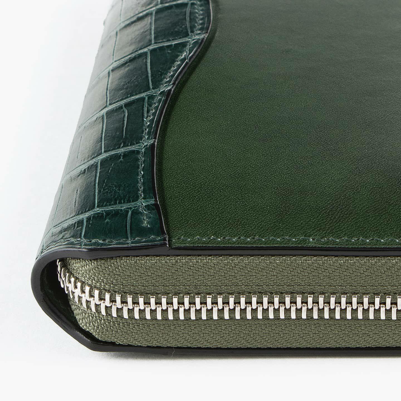 外装(ブリランテ):Green / 外装装飾・引き手(クロコダイル):Green / ファスナー:Silver