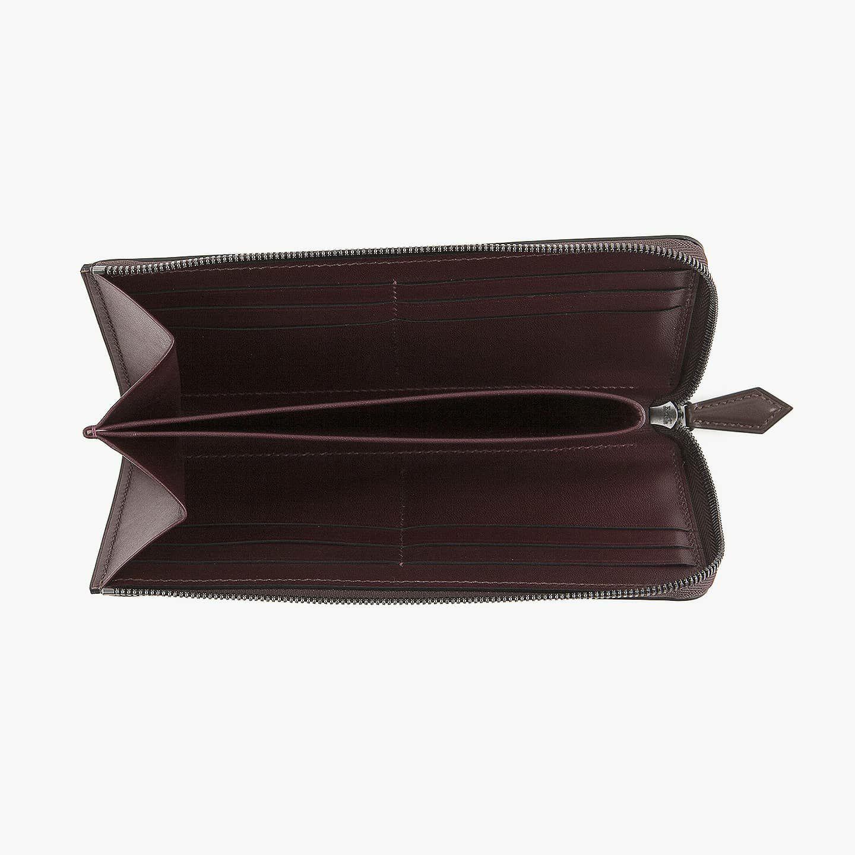外装(ブリランテ):Brown / 内装(国産牛革):Bordeaux / ファスナー:Black
